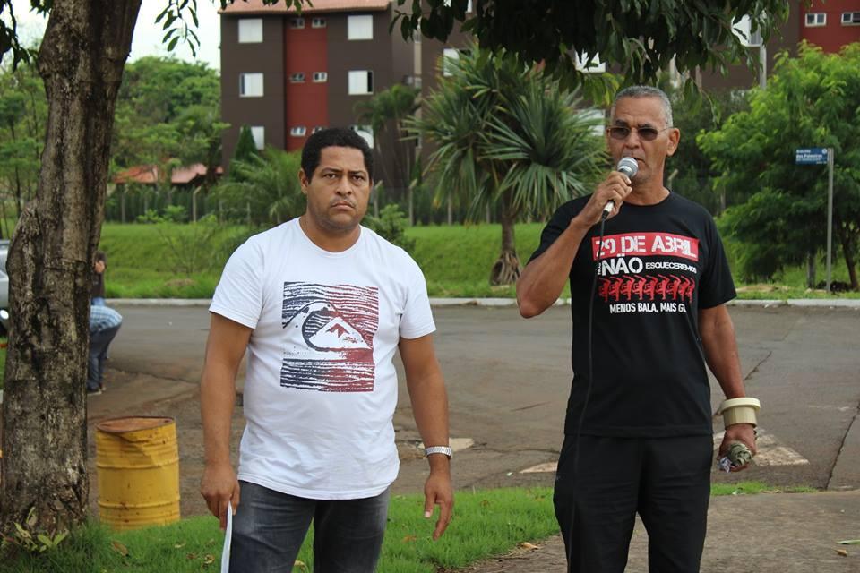 SERVIDORES PROTESTAM DURANTE INAUGURAÇÃO DA NOVA CLÍNICA ODONTOLÓGICA DA UEL