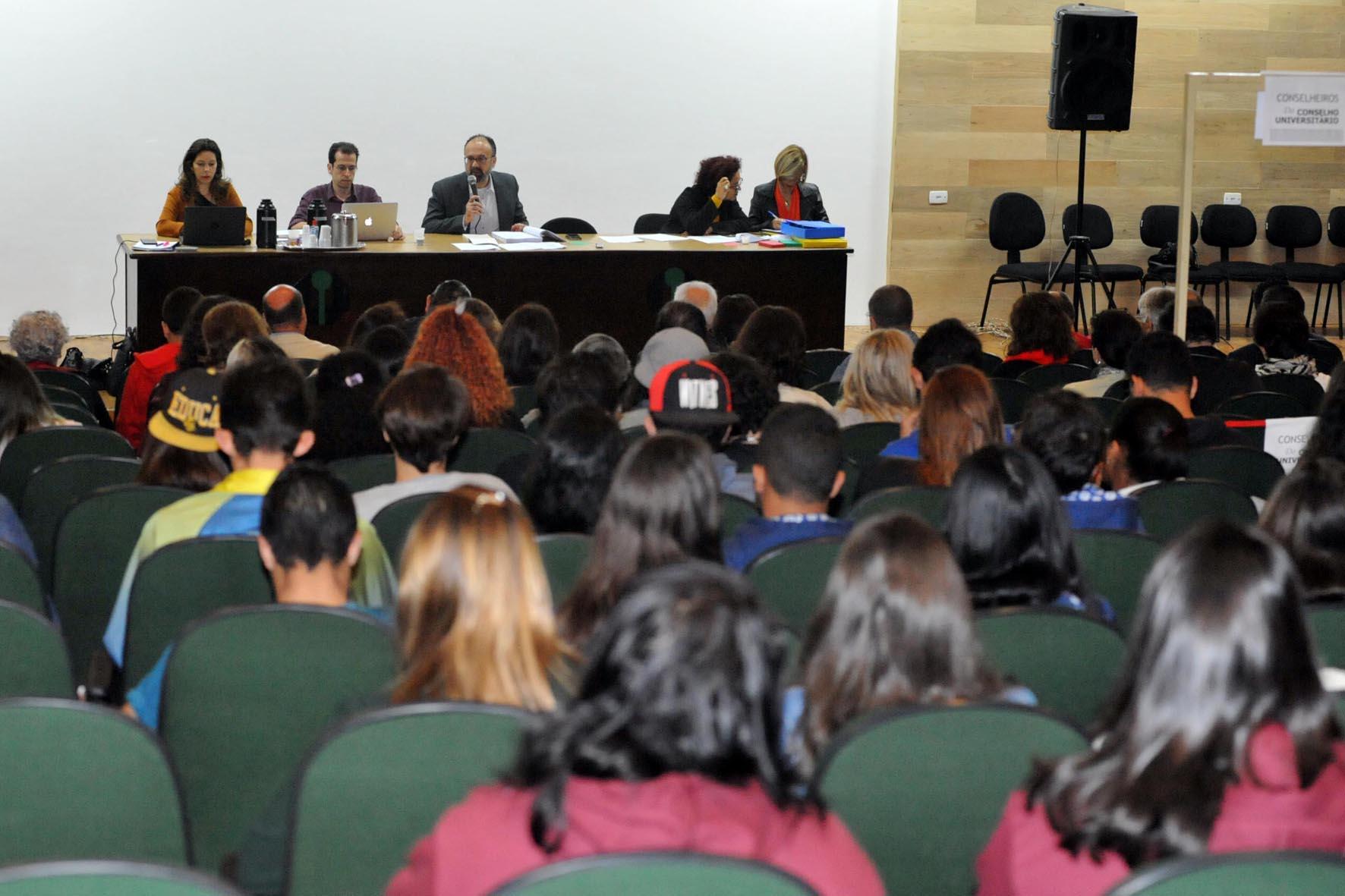 Conselho Universitário pede suspensão da tramitação e debate ampliado sobre a LGU