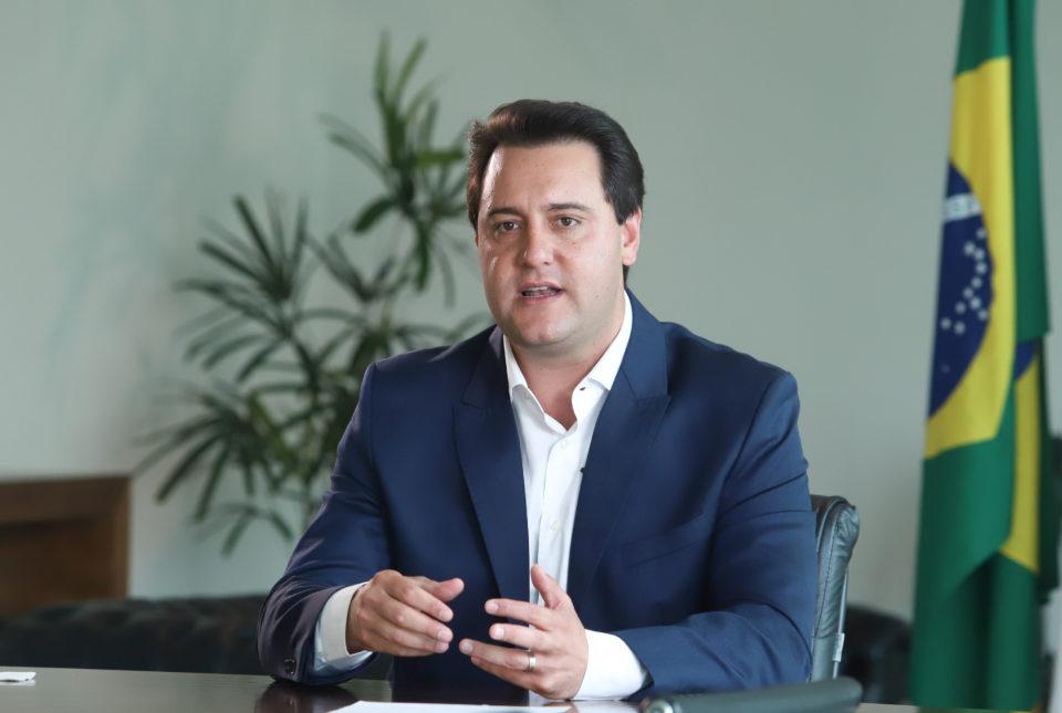 MAIS ATAQUES | Agora Ratinho Junior quer retirar dependentes dos servidores públicos do SAS