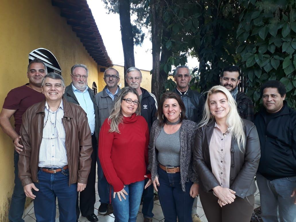 ASSUEL SE REUNE COM DEPUTADO E COMISSÃO CONTRA O FECHAMENTO DO COLÉGIO DE APLICAÇÃO